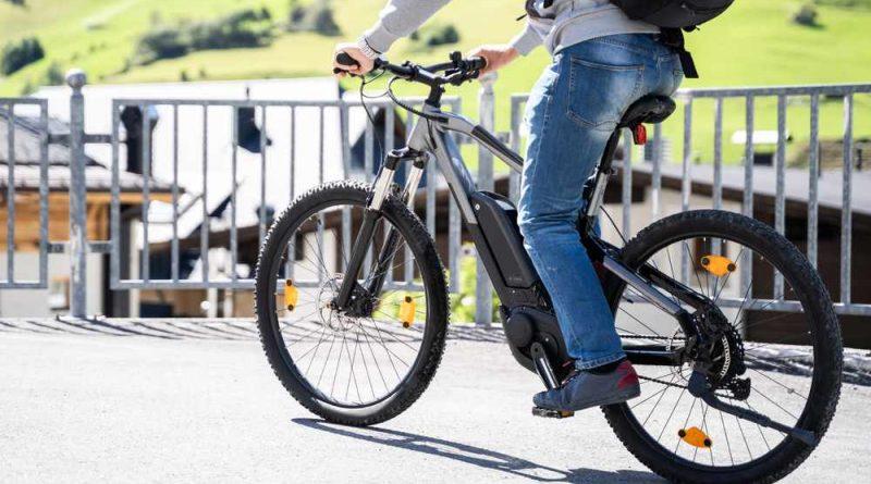 e bike commuting