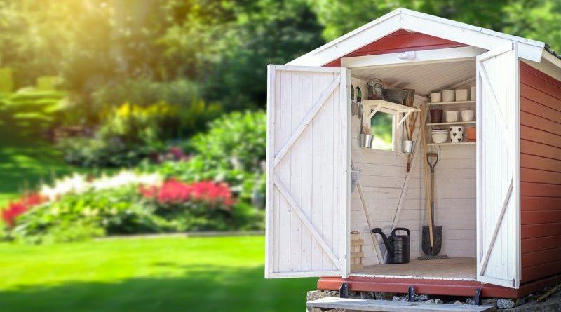 buyers embrace summer gardening